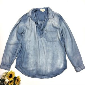 Cloth and Stone Large Chambray Popover Top